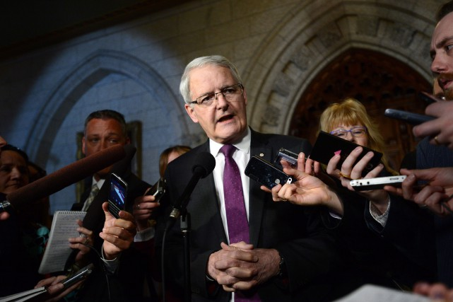 Le ministre des Transports, Marc Garneau, s'est dit... (Photo Sean Kilpatrick, PC)