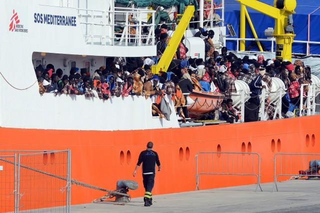 Plus de 5000 personnes ont été récupérées par... (Archives AFP)