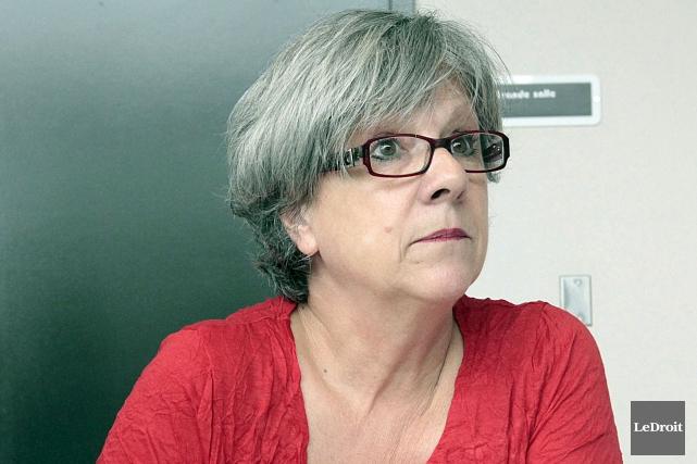 Louise Briand s'explique mal les coupures qui sont... (Etienne Ranger, Archives Le Droit)