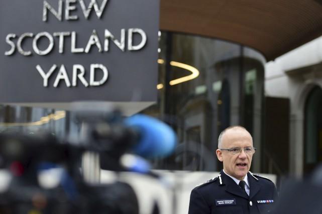Le commandant de l'antiterrorisme, Mark Rowley, a procédé... (AP)