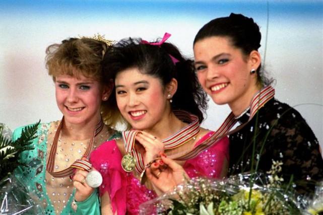 De gauche à droite: Tonya Harding, Kristi Yamaguchi... (Photo Diether Endlicher, Archives Associated Press)