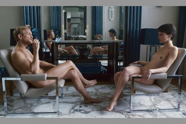 Jérémie Renier et Marine Vacth dans L'amant double,... (Phototirée du compte Twitter de François Ozon)