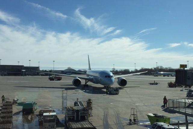 Le Boeing 787-8 Dreamliner impliqué dans l'incident.... (PHOTO TIRÉE DE TWITTER)