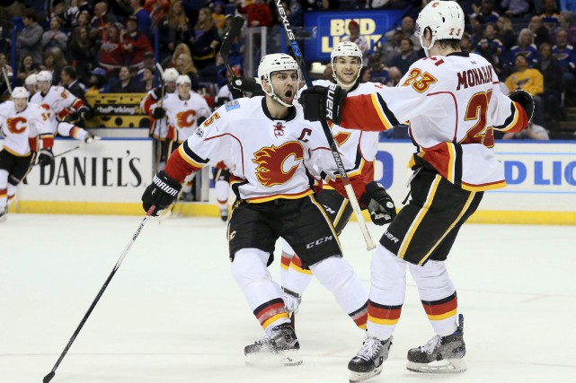 Sean Monahan a marqué le but gagnant samedi.... (Photo Chris Lee, AP)