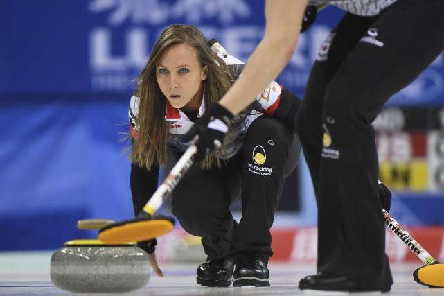 Le Canada a remporté la finale contre la... (AFP, Greg Baker)
