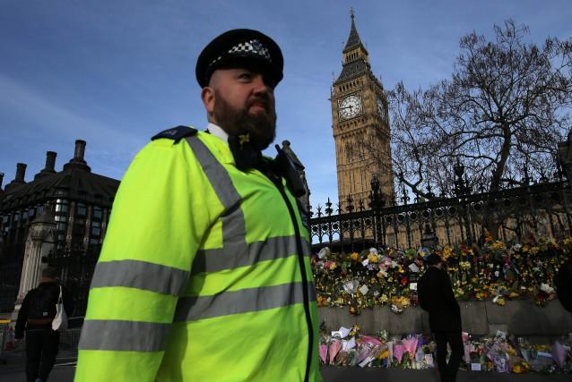 Un homme de 30 ans soupçonné de préparer... (Photo DANIEL LEAL-OLIVAS, AFP)