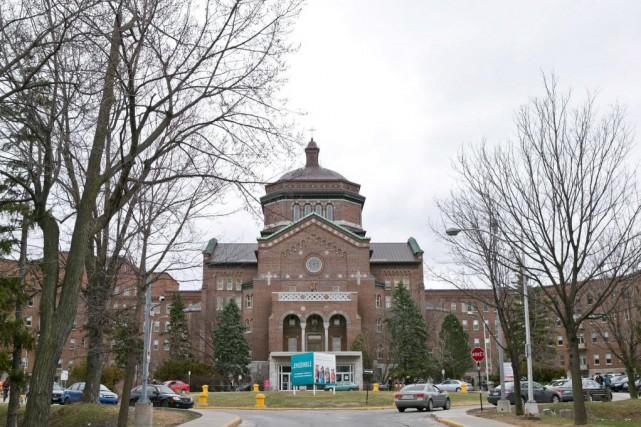 Québec a créé le Centre de prélèvement d'organes... (PHOTO HUGO-SÉBASTIEN AUBERT, ARCHIVES LA PRESSE)