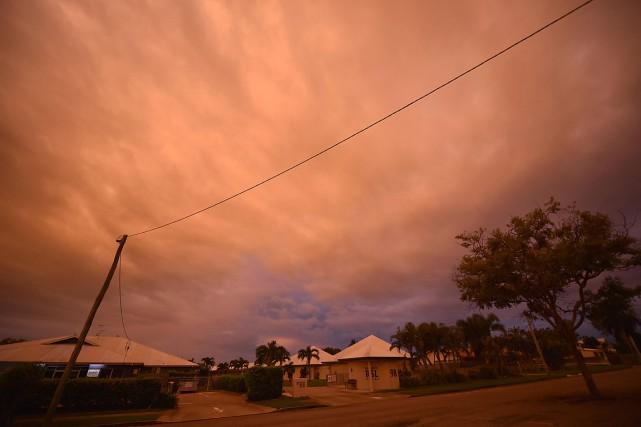 Des nuages recouvrent le ciel au-dessus d'Ayr, dans... (PHOTO PETER PARKS, AGENCE FRANCE-PRESSE)