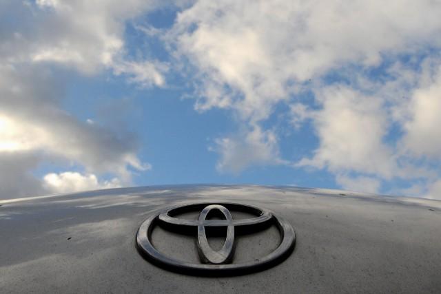 Le constructeur automobile japonais Toyota a annoncé lundi un partenariat... (Photo Toby Melville, archives Reuters)