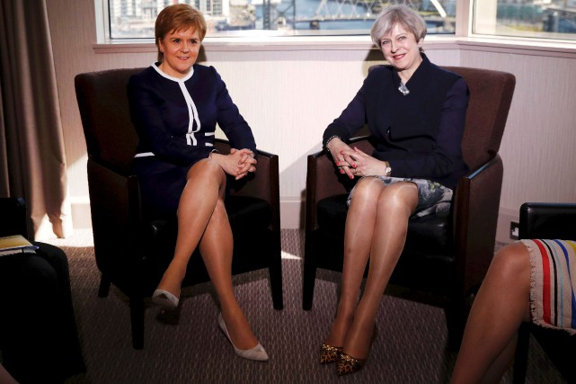 Theresa May a rencontré son homologue écossaise, Nicola... (AFP, Russell Cheyne)