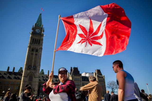 Selon Line Beauchesne, spécialiste des drogues,Ottawa sera possiblement... (Archives AFP)
