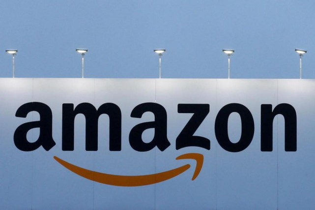 Amazon Canada a l'intention d'embaucher 200 travailleurs de plus à son siège... (PHOTO PASCAL ROSSIGNOL, ARCHIVES REUTERS)