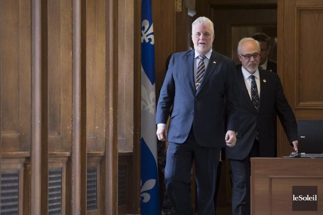 Le ministre des Finances, Carlos Leitão (à droite),... (Photothèque Le Soleil)