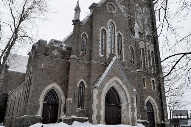 L'église Saint-Édouard de La Baie... (Photo Le Quotidien, Jeannot Lévesque)
