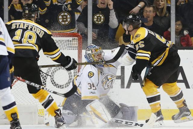 Tuukka Rask a réalisé 24 arrêts et les Bruins de Boston ont battu les Predators... (PHOTO AP)