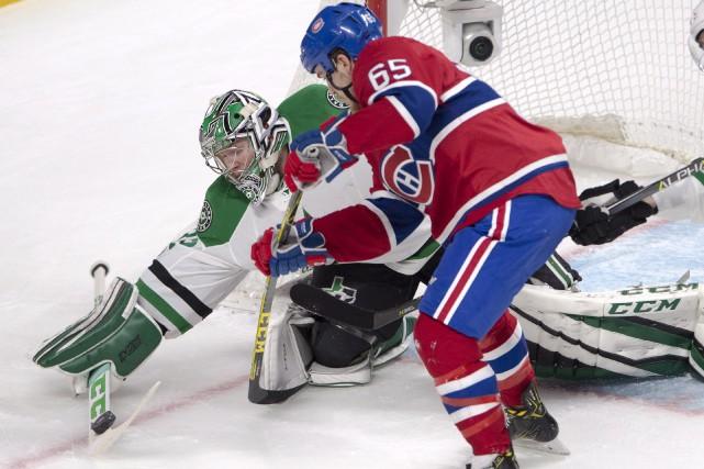 Le gardien des Stars, Kari Lehtonen, qui a... (La Presse canadienne, Ryan Remiorz)