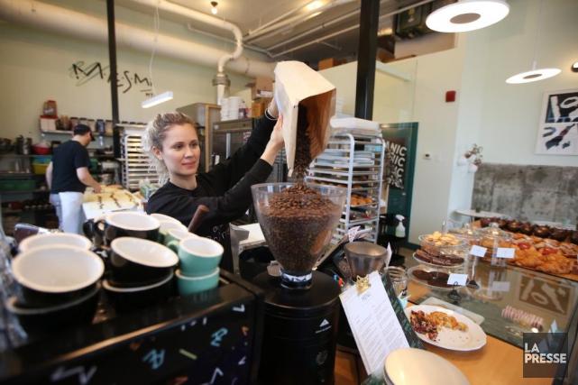 Le café Maesmi sur la rue Masson.... (Photo Martin Chamberland, La Presse)