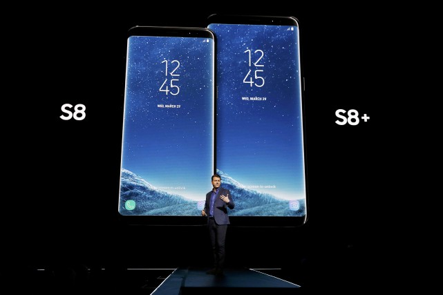 Outre Bixby, le Galaxy S8 et le S8+,... (Photo Brendan McDermid, archives REUTERS)