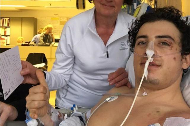 Le planchiste Mark McMorris souffre de fractures à... (Photo tirée du compte Instagram de Craig McMorris)
