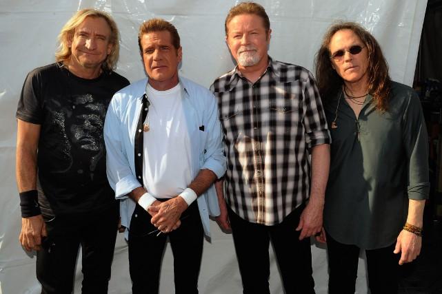 Joe Walsh, Glenn Frey, Don Henley et Timothy... (Photo archives Agence France-Presse)