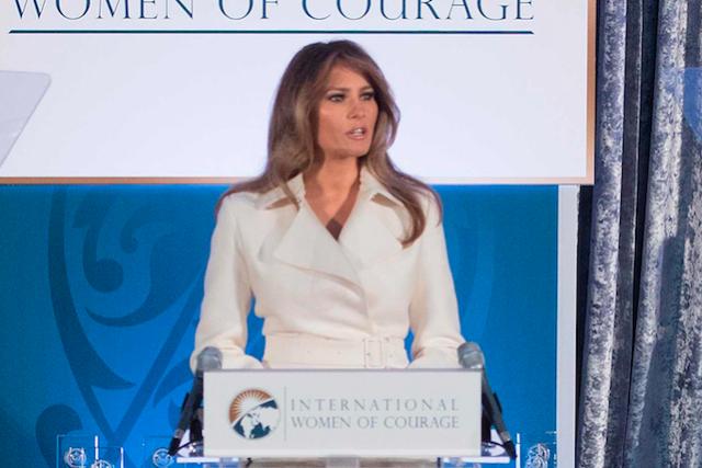 Melania Trump honors a présidé la remise des... (AFP, JIM WATSON)
