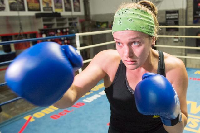 Ariane Fortin a peut-être décidé d'accrocher définitivement ses gants de boxe à...