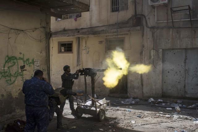 Les forces irakiennes ont déjà conquis la partie... (PHOTO AP)