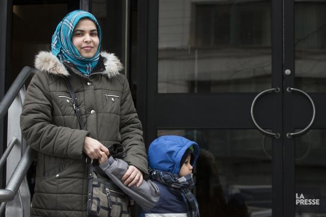 Lalla Mohammed Ahmed et son garçon de bientôt... (Photo Ivanoh Demers, La Presse)