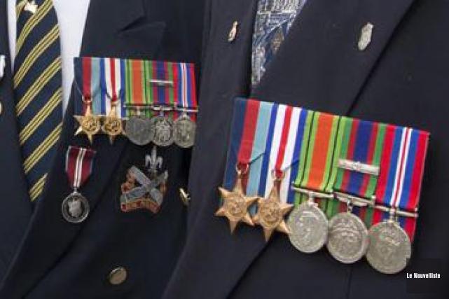 Des vétérans de la Deuxième guerre mondiale.... (Photothèque Le Nouvelliste, Sylvain Mayer)