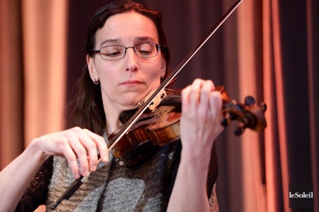 La violoniste des Violons du Roy Noëlla Bouchard... (Le Soleil, Jean-Marie Villeneuve)