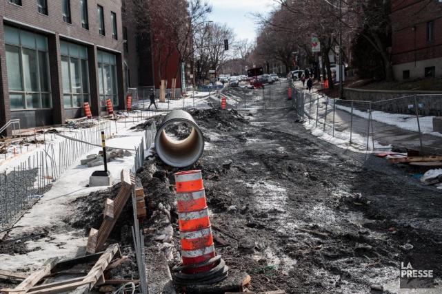 Une étude révèle que le remplacement des infrastructures... (PHOTO HUGO-SÉBASTIEN AUBERT, LA PRESSE)
