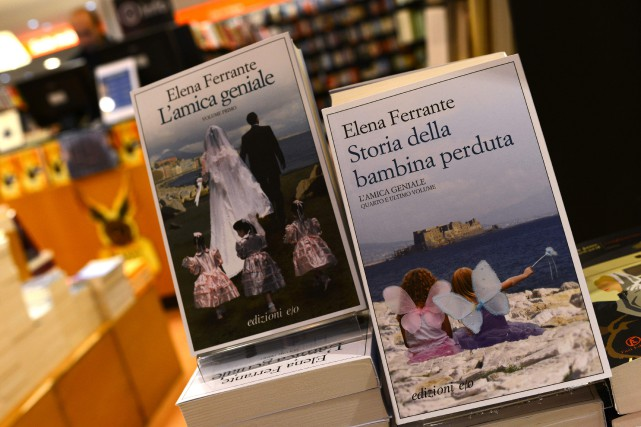 L'auteure Elena Ferrante participera à l'adaptation de sa... (Photo  GABRIEL BOUYS, AFP)