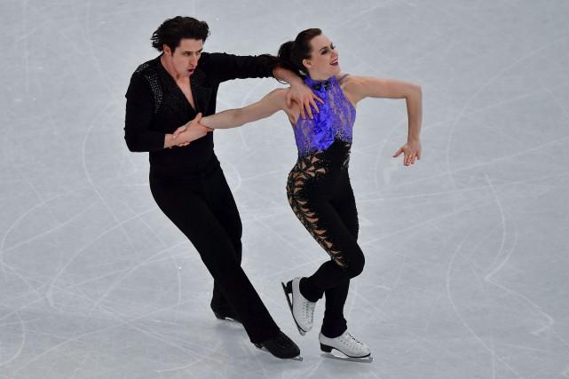 Les Ontariens Tessa Virtue et Scott Moir ont... (Agence France-Presse)
