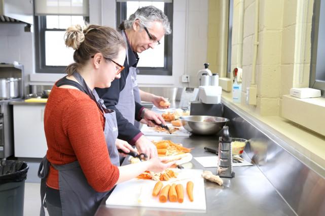 Activité pour la Journée nationale des cuisines collectives...