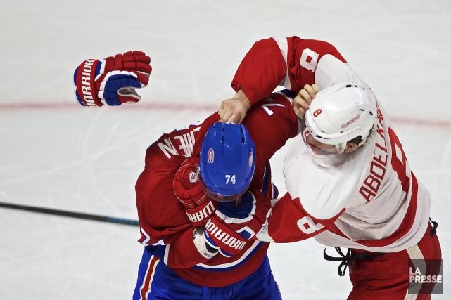 Le dernier combat d'Alexei Emelin, en mars2016 face... (Archives, La Presse)