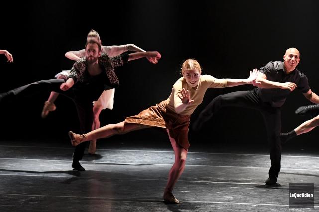 Invités par Diffusion Saguenay, vendredi soir, les Ballets... (Le Quotidien, Rocket Lavoie)