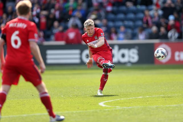 La vedette allemande Bastian Schweinsteiger a marqué dès... (AP, Chris Sweda)