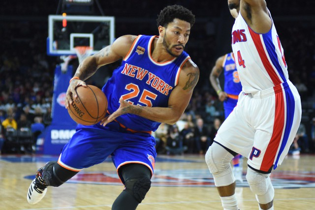 Derrick Rose encore blessé à un genou... (Photo Tim Fuller, USA TODAY Sports)
