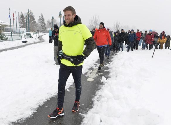 Sébastien Jacques a amorcé sa marche de 5000... (Spectre média, Maxime Picard)