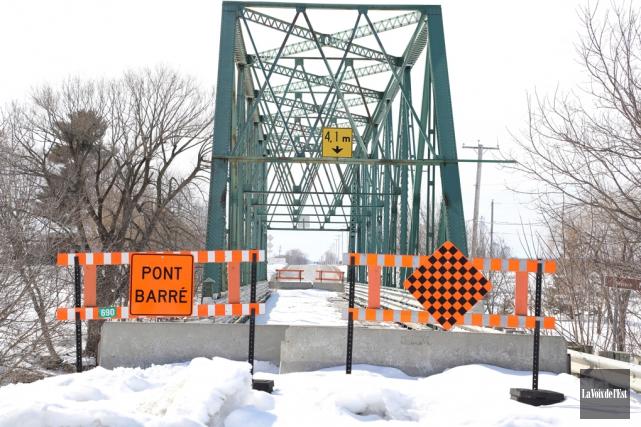 Le pont du rang 10, à Saint-Valérien-de-Milton, est... (Catherine Trudeau, La Voix de l'Est)
