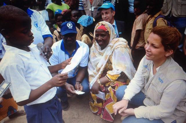 Un jeune garçon du Liberia s'adresse à la... (Courtoisie)