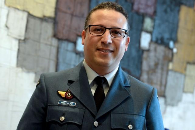 Avant de devenir aumônier dans les Forces armées... (Le Soleil, Erick Labbé)