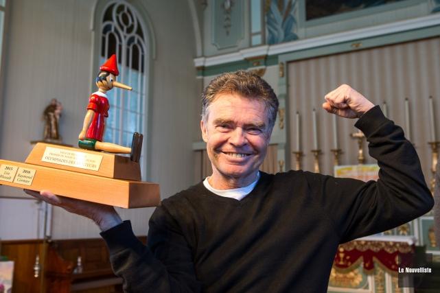 Guy Cormier a remporté le trophée Pinocchio remis... (Olivier Croteau, Le Nouvelliste)