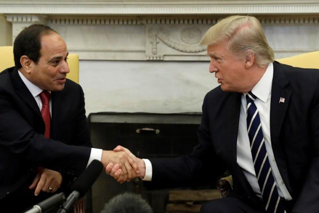 Le président égyptien Abdel Fattah al-Sissia exprimé son... (Photo Kevin Lamarque, REUTERS)