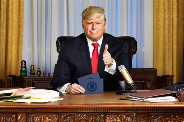 Anthony Atamanuik en Donald Trump.... (Photo Gavin Bond, Comedy Central via AP)