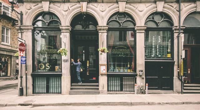Avec plus de 1,5 millions d'habitants, Montréal est parmi les 10 villes...