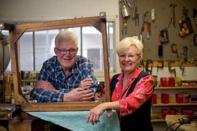 Raymond et Solange Parent, propriétaires de l'atelier Au... (Photo David Boily, La Presse)