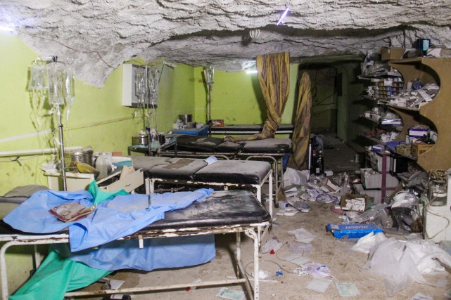 L'attaque aérienne sur Khan Cheikhoun a fait au... (PHOTO AFP)