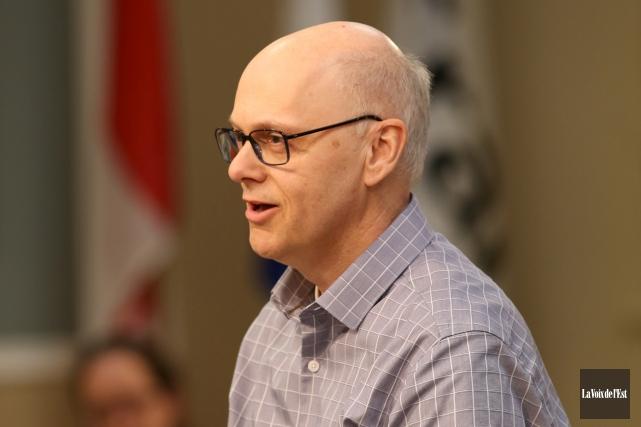 Le candidat à la mairie, Yves Bélanger, a... (Janick Marois, La Voix de l'Est)