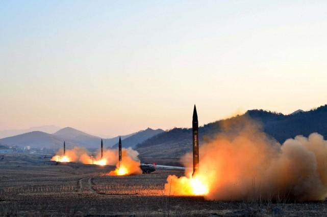 Il s'agit du cinquième missile tiré depuis le... (PHOTO D'ARCHIVES AGENCE KCNA)